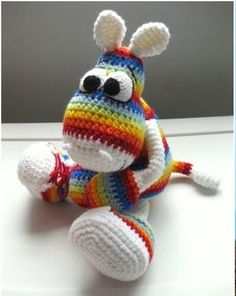 Rainbow critter ... Love the colors