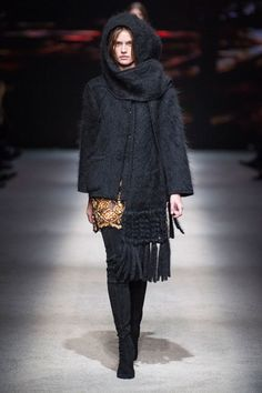 Alberta Ferretti at Milan Fashion Week Fall 2015 - StyleBistro