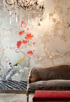 Chinese wallpapers, initially known as 'India Papers', first appeared in Europe during the century, adding momentum to the growing trend for papering walls De Gournay Wallpaper, Chinoiserie Wallpaper, Wallpaper Ceiling, Wallpaper Decor, Bedroom Murals, Wall Murals, Chinese Wallpaper, Georgian Interiors, Painted Doors