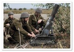 Obsluha československého 9cm minometu Škoda vz.17 při výcviku v roce 1938. Operation of Czechoslovakian 9cm mortar Škoda vz.17 in training in 1938. D Day Normandy, Ww2 Photos, Military Pictures, Military History, Wwii, Air Force, Battle, Czech Republic, Diesel