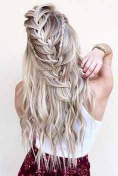 Best Womens Hairstyles For Fine Hair – HerHairdos Boho Hairstyles For Long Hair, Bohemian Hairstyles, Winter Hairstyles, Braids For Long Hair, Cute Hairstyles, Braided Hairstyles, Pirate Hairstyles, Wedding Hairstyles, Cowgirl Hair Styles