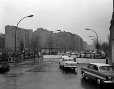 Fotodokumentation der Grenzanlage an der Chausseestraße / Ecke Liesenstraße nach dem Mauerbau