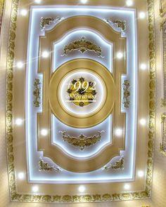 Pop False Ceiling Design, Ceiling Design Living Room, Home Ceiling, Living Room Designs, Classic Interior, Luxury Interior Design, Victorian Rooms, Classic Ceiling, Wall Molding