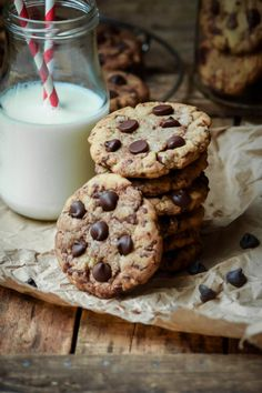 """sweetoothgirl: """"Browned Butter Chocolate Chip Cookies """""""