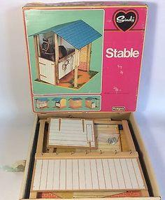 Vintage Pedigree Sindy Doll Wooden Stables Horse Barn + Box