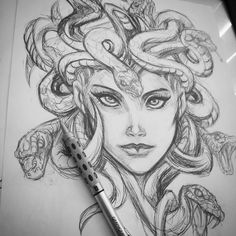 Dream Tattoos, Future Tattoos, Body Art Tattoos, Sleeve Tattoos, Tatoos, Medusa Drawing, Medusa Art, Art Drawings Sketches, Tattoo Sketches
