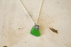 Kelly Green Turtle Seaglass Necklace