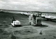 Barredora Tennant 100 y Fregadora Tennant 86 en Base Aerea