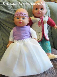 kaavoja Baby Born nukelle Girls Dresses, Flower Girl Dresses, American Girl, Baby Dolls, Wedding Dresses, Doll Stuff, Fashion, Dresses Of Girls, Bride Dresses