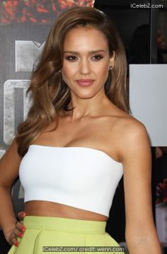 Jessica Alba  Claims She is a Prude despite Looking Sexy in a Bikini on New Cover http://icelebz.com/celebs/jessica_alba/photo2.html