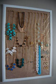 DIY Glittering Jewelry Holder