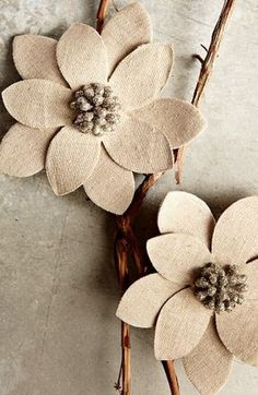 Winter Flower Tree Clip from West Elm. Already sold out, not a fan of the color so DIY it is. Winter Flowers, Faux Flowers, Diy Flowers, Fabric Flowers, Paper Flowers, Xmas Flowers, Burlap Flowers, Burlap Bows, Christmas Diy
