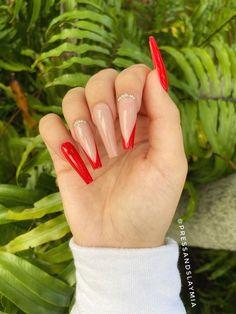 Acrylic Nails Coffin Pink, Classy Acrylic Nails, French Tip Acrylic Nails, Long French Tip Nails, Coffin Shape Nails, French Tips, Red Tip Nails, Glue On Nails, Hair And Nails