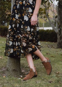 PRIMAVERA 2020 Floral, Skirts, Fashion, Open Toe Booties, Split Ends, Fur, Spring, Colors, Florals