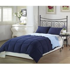 Queen size 3-Piece Reversible Comforter Set in Navy and Light Blue - Quality House