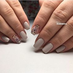Accurate nails, Delicate beige nails, Exquisite nails, Fall nail ideas, Fashion autumn nails, Ideas of beige nails, Medium nails, Nails for autumn dress