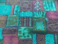WtW Estate Fabric Floral Paisley Mod Cheater Pattern Flower Blue Purple ++ Quilt