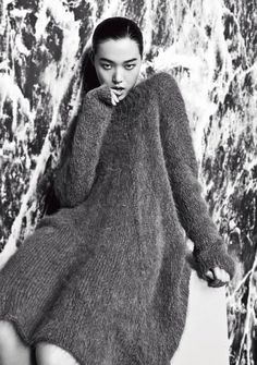 Tian Yi by Yu Chong for Modern Weekly China, October 2014 Knitwear Fashion, Knit Fashion, Yohji Yamamoto, Jean Anouilh, Gros Pull Mohair, Magnolia Pearl, Lady Grey, Long Sweaters, Knit Dress