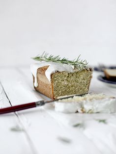 Rosemary loaf cake by julie marie craig, via Flickr//