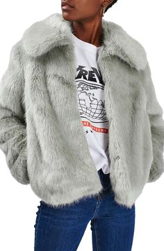 Exude glamour in this cropped fur coat in an eye-catching pale grey hue  while keeping warm. Wear with a graphic tee and jeans for day-to-night  styling. e7056d6c3aef