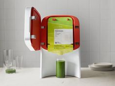 Juicero is the world's first at-home, cold-press juicer. Use our smart technology to start making your own fresh raw juice today.