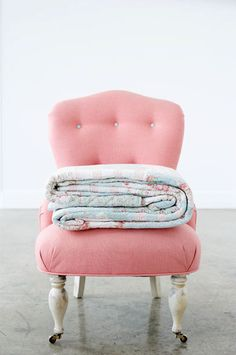 pink chair love