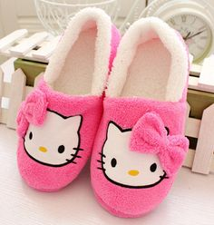 Material: Superior Quality Plush Velour Item Type: Women's Hello Kitty Slippers Decorations: Bowtie Outsole Material: Rubber Shipping: FREE - Worldwide!