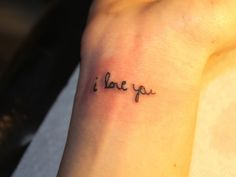 Dainty Adorable Wrist Tattoos For Women – Page 25 – My Beauty Note Twin Tattoos, Mommy Tattoos, Future Tattoos, Love Tattoos, Unique Tattoos, Beautiful Tattoos, Tatoos, Wrist Tattoos For Guys, Small Wrist Tattoos