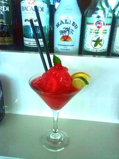 This frozen cocktail is a great variation of the classic cocktail Daiquiri. The strawberries makes the drink much popular and fresh than the based cocktail.