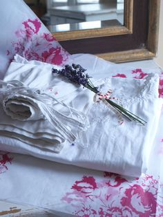 Cabbages & Roses, fabrics, linens, Selvedge, vintage