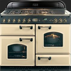 Enjoy legendary service when you buy the Falcon Freestanding Dual Fuel Oven/Stove from Appliances Online! Kitchen Oven, New Kitchen, Vintage Kitchen, Kitchen Appliances, Kitchen Ideas, Kitchen Stuff, Kitchen Inspiration, Retro Appliances, Country Kitchen