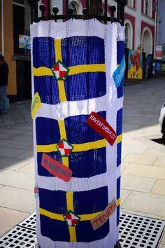Pembrokeshire flags yarn bomb 16