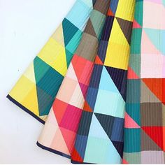 what a wonderful modern quilt made from simple solid HSTs