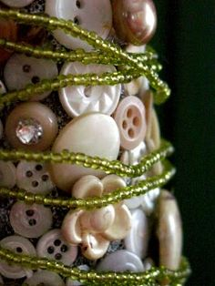 .Christmas Tree with buttons