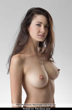 Sexy naked beautiful lady with big tittys picture