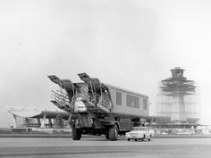 "Dulles Airport ""mobile lounge"" Washington in the '60s 