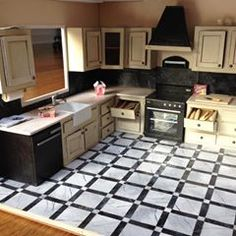 Cath (@thesquaretospare) • Fotos e vídeos do Instagram Throwback Pictures, Miniature Kitchen, Making Out, Dollhouse Miniatures, Kitchen Design, Kitchen Cabinets, Diy Projects, Dollhouses, Building
