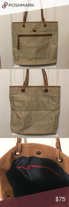 Tommy Hilfiger Purse Used only a handful of times. Was given as a gift. Tommy Hilfiger Bags Shoulder Bags