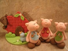 @Mimi B. B. Grace - Three Little Pigs cake topper!