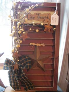 Witty served country home decor ideas more tips here Country Crafts, Country Decor, Rustic Decor, Farmhouse Decor, Small Shutters, Old Shutters, Primitive Shutters, Shutter Projects, Primitive Crafts
