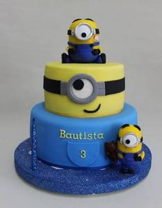 Baby TV et 1 Piso Birds pour Bianca Pool Party de Tomas Jazmin de Aladino pour . Minions Birthday Theme, 4th Birthday Cakes, Minion Party, Birthday Fun, Torta Minion, Bolo Minion, Minion Cookies, Tart, Fiesta Cake