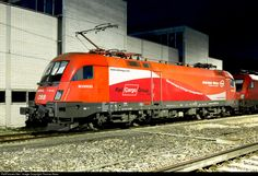 RailPictures.Net Photo: 1116 072 ÖBB Austrian State Railways Taurus ES 64 U2 at Buchs SG, Switzerland by Thomas Naas