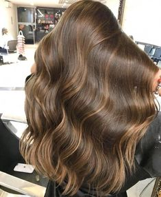 Long Wavy Ash-Brown Balayage - 20 Light Brown Hair Color Ideas for Your New Look - The Trending Hairstyle Bronde Hair, Brown Hair Balayage, Brown Blonde Hair, Hair Highlights, Ombre Hair, Light Brunette Hair, Golden Highlights Brown Hair, Golden Brown Hair, Light Brown Hair
