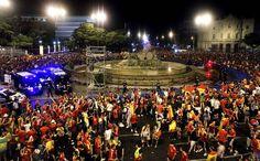En Espagne, des centaines de supporters s'étaient donné rendez-vous dans le Square Cibeles à Madrid.