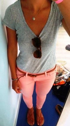 Grey v-neck and light coral casual combination
