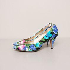 1980s Heels  Blue Floral Print Heels  Size by OldFaithfulVintage, $32.00