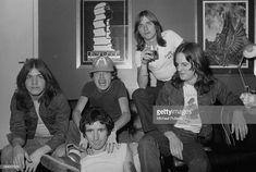 Australian hard rock group AC/DC London April 1976 Left to right rhythm guitarist Malcolm Young singer Bon Scott lead guitarist Angus Young. Bon Scott, Angus Young, Hard Rock, Bbc, Rock And Roll Bands, Rock N Roll, Malcolm Young, Ac Dc Rock, Live Wire