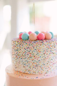 Gumball Confetti Birthday Cake – Gorgeous Fence Ideas and Designs Pretty Cakes, Cute Cakes, Beautiful Cakes, Amazing Cakes, Cake Cookies, Cupcake Cakes, Bolo Original, Bolo Cake, Sprinkle Party