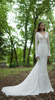 Berta Bridal Winter 2015 Collection | Lace | Sleeves | Wedding dress | The Veil