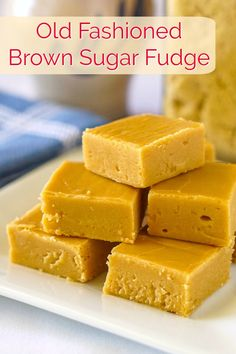 This recipe uses an old fashioned method and just a few ingredients to produce a creamy caramel flavoured fudge you'll absolutely love. Brown Sugar Fudge, the old fashioned way Rock Recipes, Fudge Recipes, Candy Recipes, Dessert Recipes, Recipe For Fudge Candy, Milk Candy Recipe, Fudge Flavors, Amish Recipes, Sweet Recipes